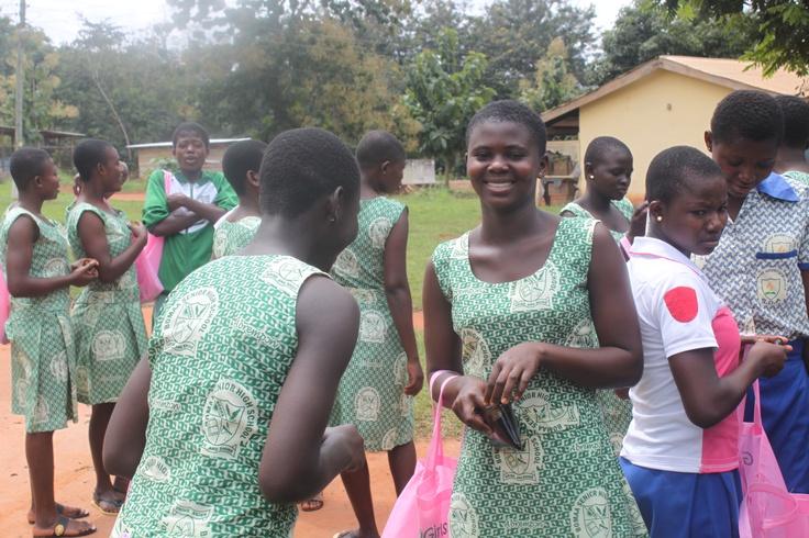 GhanaGirls in Bomaa - Mission Ghana 2012 pt. 2