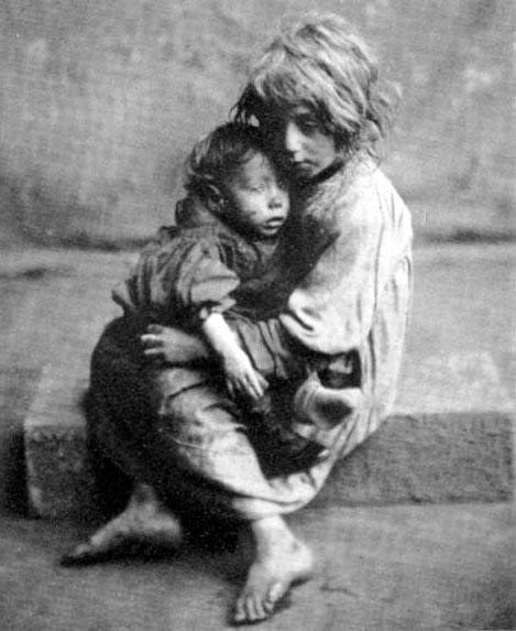Homeless London 'street' children (c. late 19th century) ... ahh the good old days...