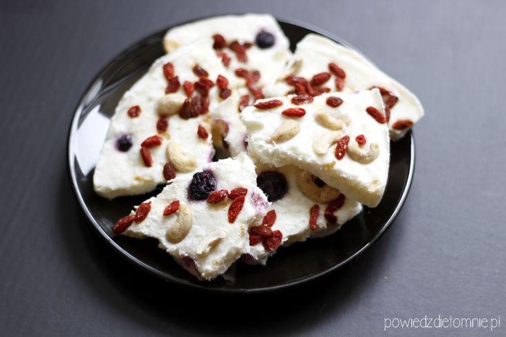Jogurtowy łamaniec - dietetyczna przekąska zamiast czekolady   blog o zdrowym odżywianiu, odchudzaniu, racjonalne odżywianie, przepisy fit