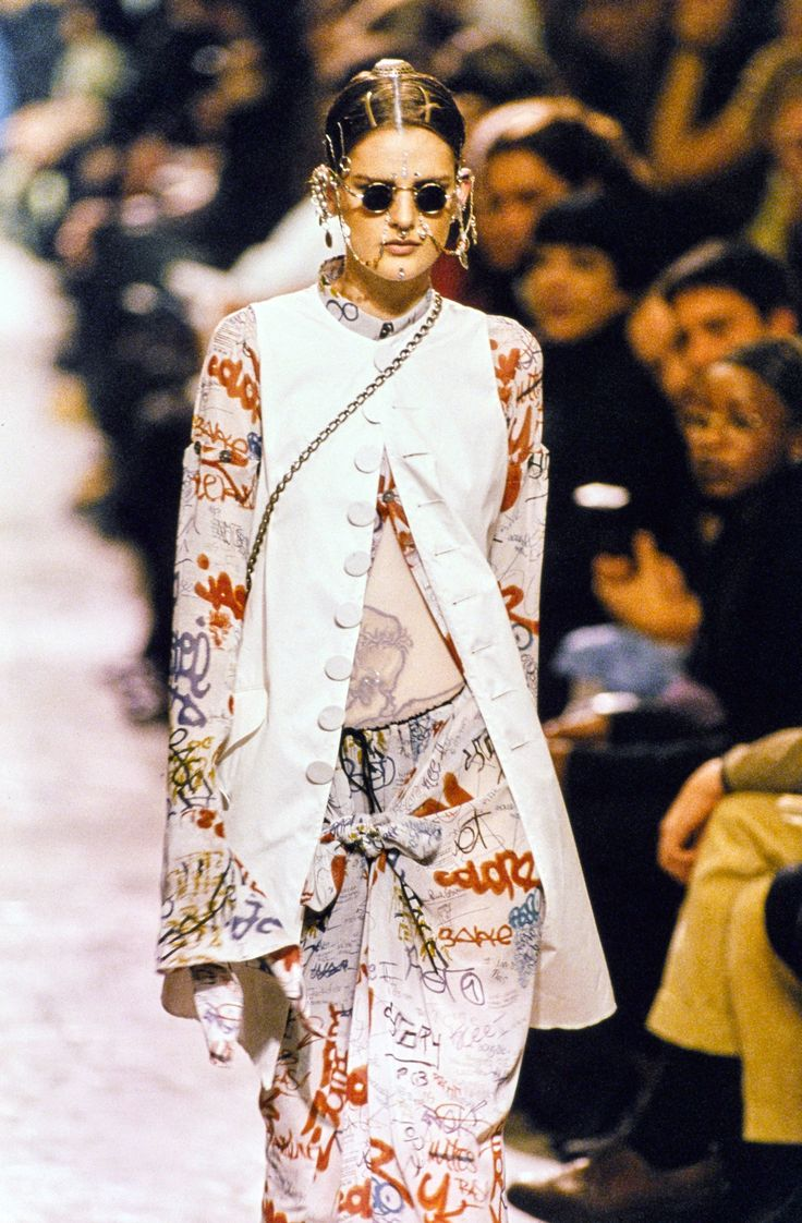 jean paul gaultier spring 1994 ready to wear fashion show paul gaultier spring jean paul. Black Bedroom Furniture Sets. Home Design Ideas