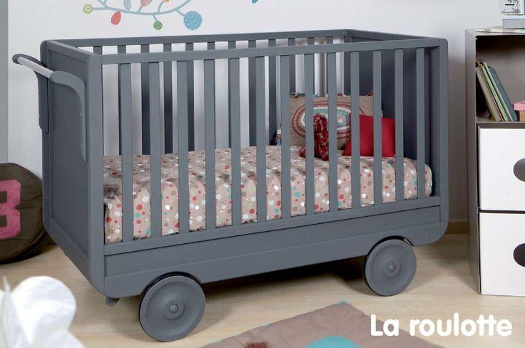 """Lit Bébé """"Roulotte"""" plus d'infos sur anders-paris.com"""