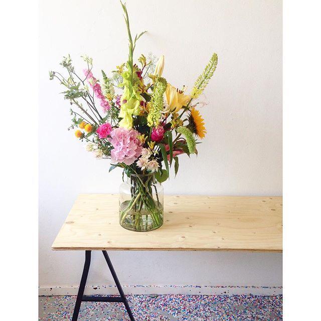 judithslagter.nl / Judith Slagter #engaged #boeket #flowers #eramurus #zonnebloem #hortensia