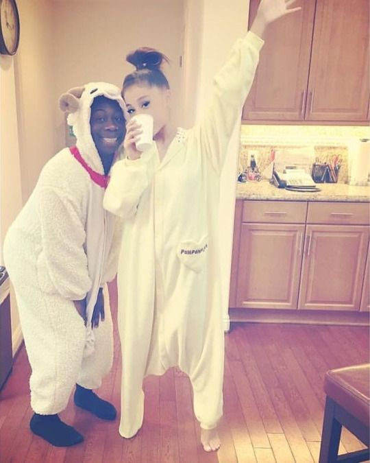 Ariana Grande & Selena Gomez News