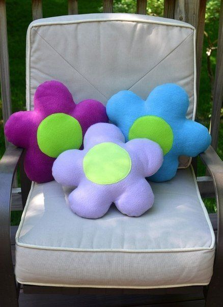 Цветочек, декоративные подушки своими руками