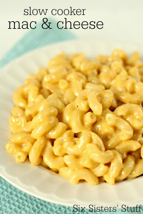 Slow Cooker Macaroni and Cheese - so delicious and kid approved! SixSistersStuff.com
