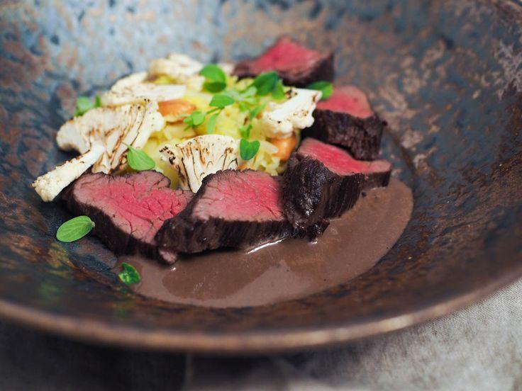 Hovězí veverka sous vide s kapustou, arašídy a páleným květákem | Oh My Chef