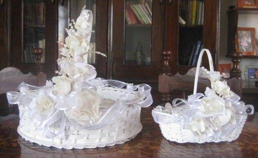 Canastas decoradas por martha rek accesorios canastas - Canastas de mimbre decoradas ...