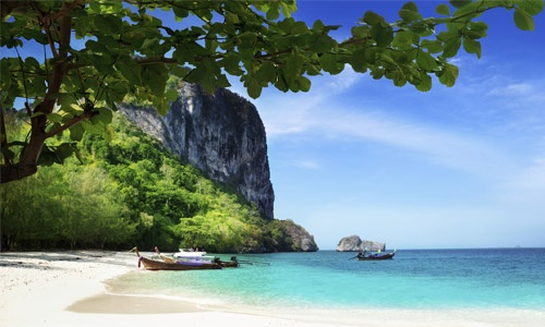 $249 for 7 nights accommodation for 2 in a superior room at Casa Del M Resort in Phuket, Thailand (package upgrade options available) - Dailydo