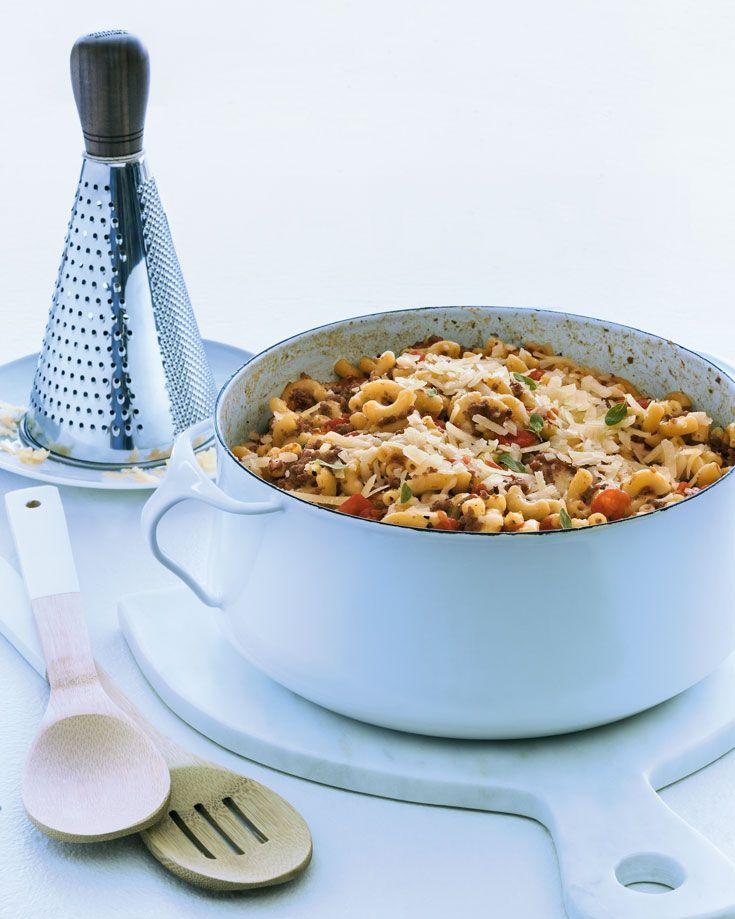 Macaroni à la viande et aux tomates en un chaudron : une recette de Zeste