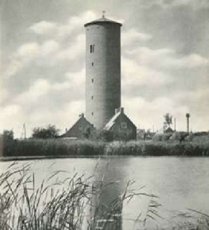 Galgenweg 1 Watertoren in 1947