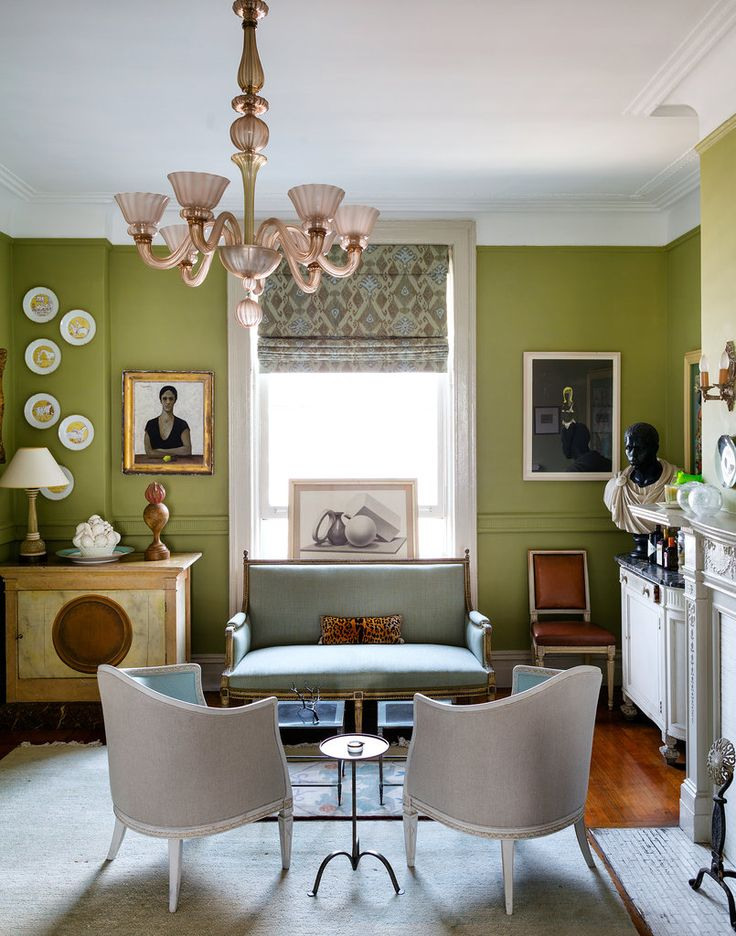 Sheila Bridges New York Apartment Love The Updated Fresh Twist On A Fairly Traditional Style In This Living Room