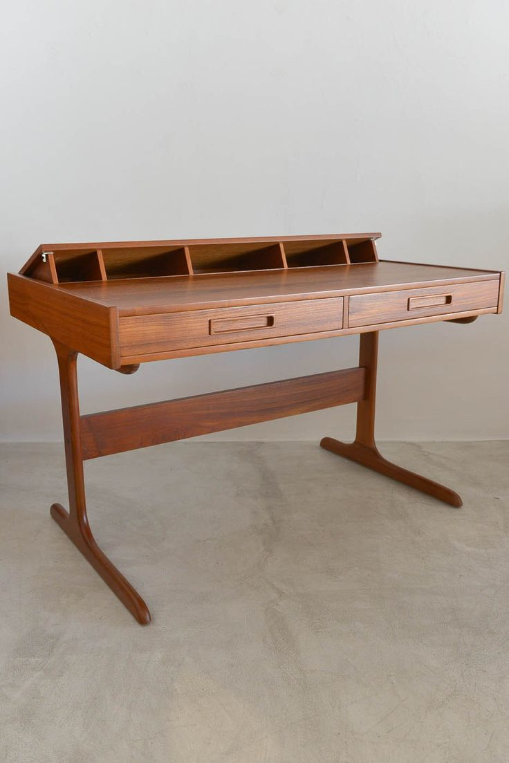Danish Modern Teak Pop Up Desk Fully Restored in Perfect Condition  Attributed to Dyrlund Measures 47