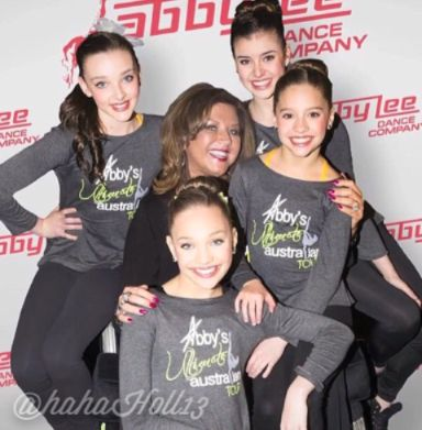 Added by #hahah0ll13 Dance Moms Kalani, Kendall, Mackenzie, Maddie, and Abby Lee Miller