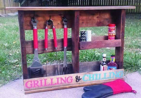 Turn a PALLET into a GRILL STATION... via The Keeper of the Cheerios-Blog
