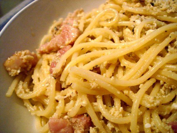 pasta-alla-carbonara. Il made in Italy a tavola.
