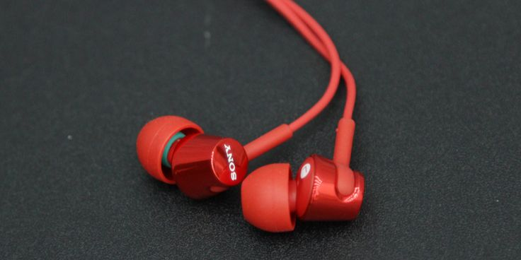 Here's why you should buy the #Sony #MDREX150AP in-ear #headphones. #Review #blog post by #Ooberpad. Read more here: https://www.ooberpad.com/blogs/tips-and-tricks/here-s-why-you-should-buy-the-sony-mdr-ex150ap-in-ear-headphones | 🎧💯 #repin #pin #pinplease #sonyheadphones #EX150AP #earphones #inear #iem #reviews #article #blog #post #blogging #blogger #follow