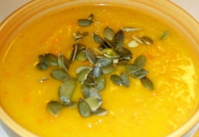 Narancsos-répás sütőtökleves