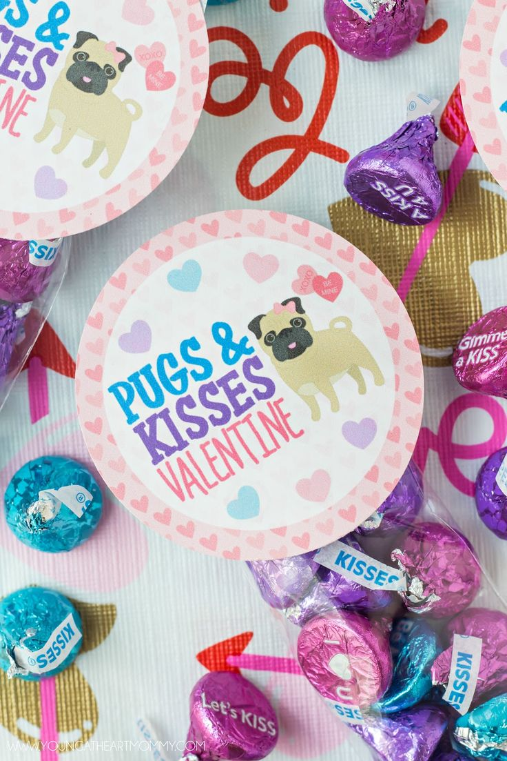 Pugs And Kisses Valentine Treat Bag Printable