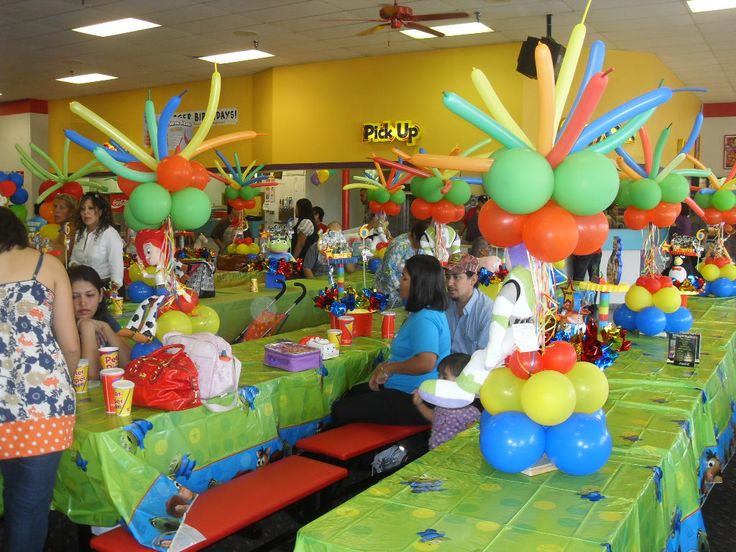 decoracion de toy story para fiestas infantiles con globos buscar con google