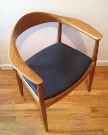 """New York: Danish style Desk or reading chair Wegner """"The Chair"""" $350 - http://furnishlyst.com/listings/1101133"""