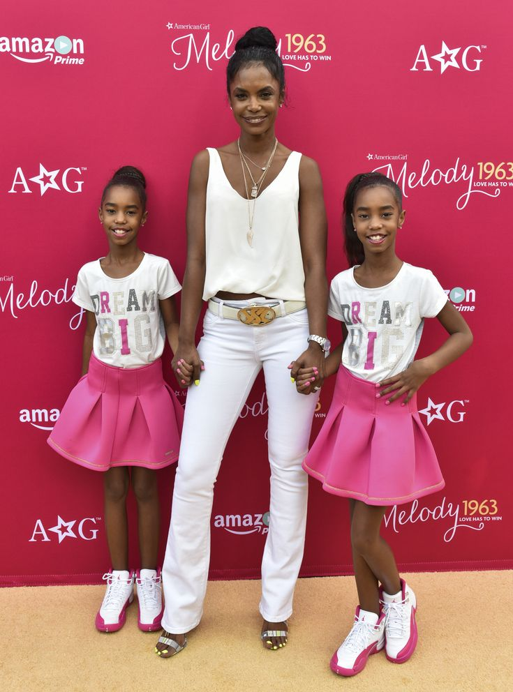 Kim Porter | Celebrity parents with twins or triplets.