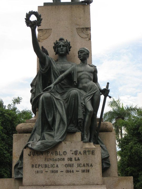 The monument is dedicated to Juan Pablo Duarte (1813 – 1876) who was one of the founding fathers of the Dominican Republic.