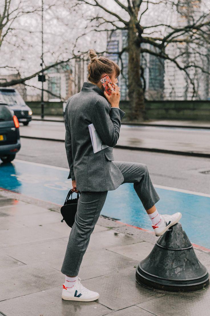 Las Veja: esas zapatillas que lleva la gente que trabaja en moda