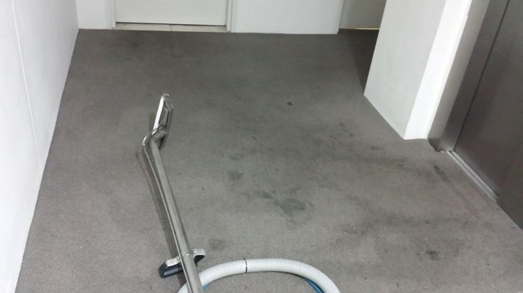 Franklean carpet & tile offers carpet steam tile & grout cleaning service in Sydney.  Specialize in cleaning commercial and domestic carpets, tile cleaning and sealing.
