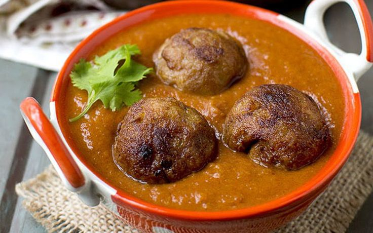 These crispy and flavorful koftas are made with jackfruit and potatoes.