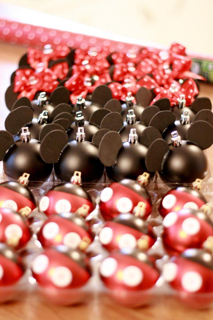 DIY disney ornaments. I know what I will be making for my tree next year.Mickey Minnie, Disney Christmas Tree, Diy Disney, Minnie Mouse, Diy Ornaments, Christmas Homemade Ornament, Disney Christmas Ornaments, Disney Ornaments, Diy Christmas Ornaments