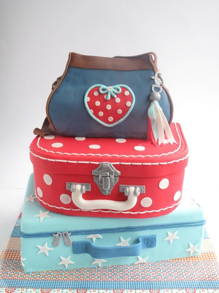 Oh wow, a cake for the eternal wanderlust travel seeker! #uCAKE