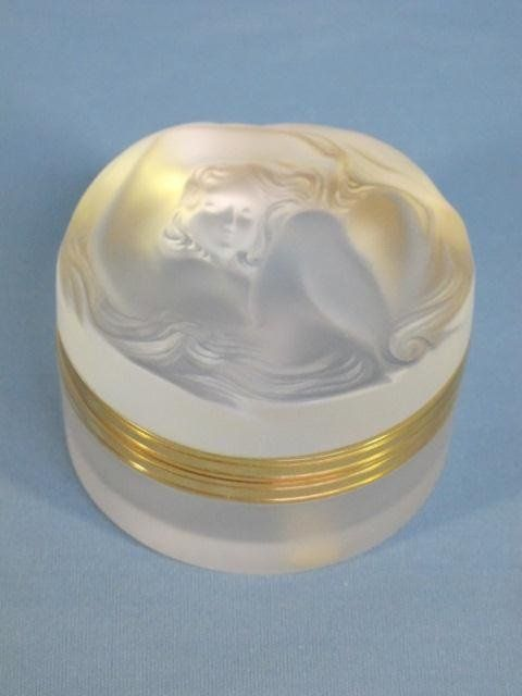 Lalique Crystal Quot Daphne Quot Frosted Powder Box Perfume