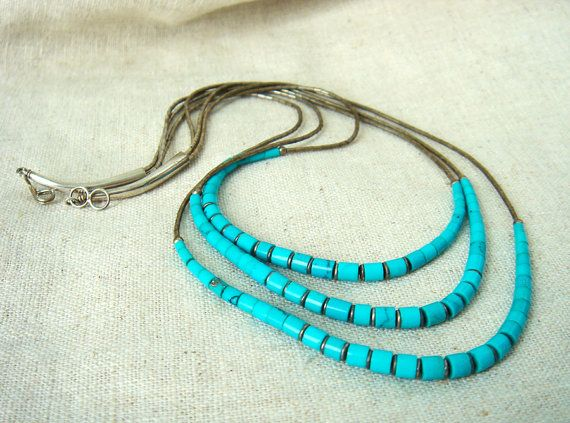 Vintage Native American Turquoise and Sterling Silver necklace