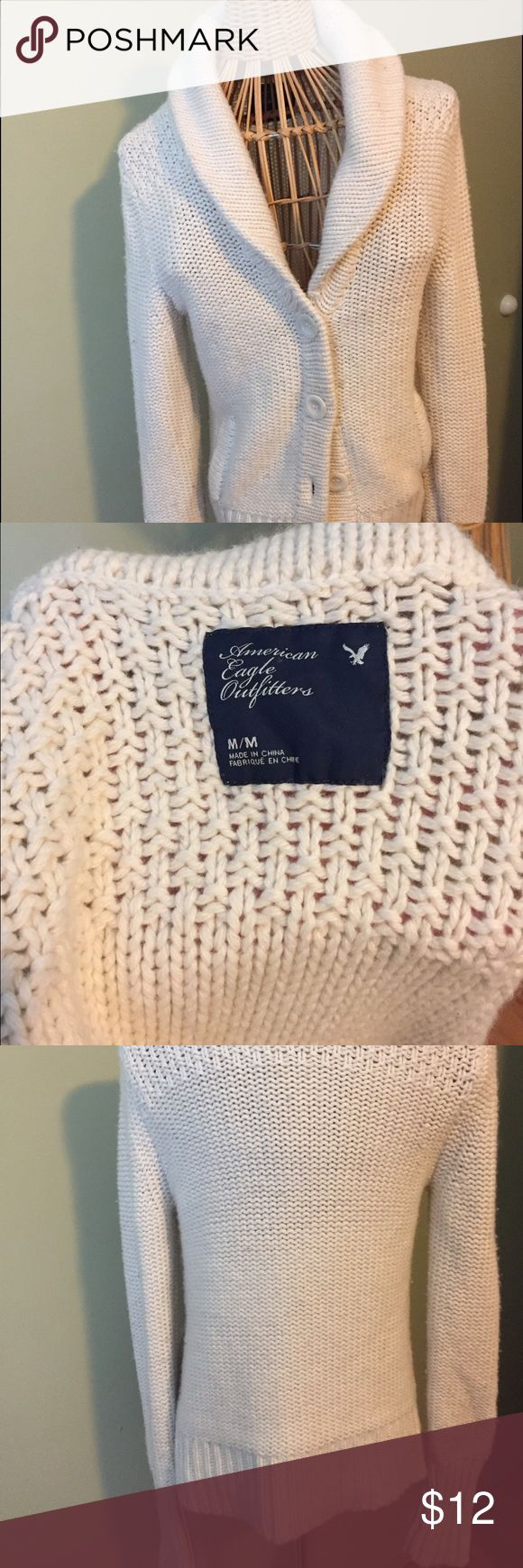 American Eagle cream sweater American Eagle cream sweater. Great condition. American Eagle Outfitters Sweaters Cardigans