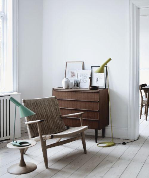 \\ O ícone dessa edição é a AJ, luminária de Arne Jacobsen