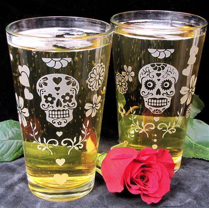 2 Sugar Skull Pint Glasses, Dia De Muertos Beer Glasses, Etched Glass - The Wedding Gallery by Brad Goodell