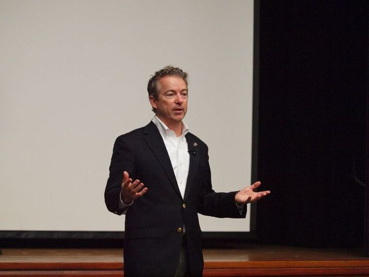 U.S. Senator Rand Paul made a stop at Centre College Saturday to hold a town hall meeting. He used the setting to argue against what he sees as the two biggest issues facing the nation—big government and debt.Paul spoke to a crowd of about 100 peop