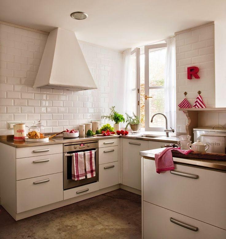 wystrój wnętrz, home decor, wnętrza, aranżacje, dekoracje, meble, dom, mieszkanie, styl rustykalny, styl francuski, szarości, stonowane kolory, biała kuchnia, czerwone dodatki