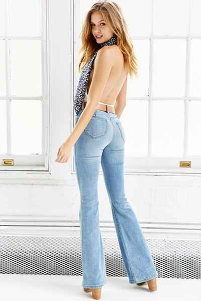Flared jeans @Urban Outfitters