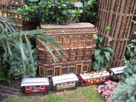 The New York Botanical Garden Holiday Train Show: What's New for 2012 - NYBG Christmas Train Displays in NYC | Mommy Poppins - Things to Do in NYC with Kids
