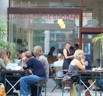 Urban Espresso Bar in Rotterdam, Zuid-Holland. They have wi-fi, good coffee and nice snacks!