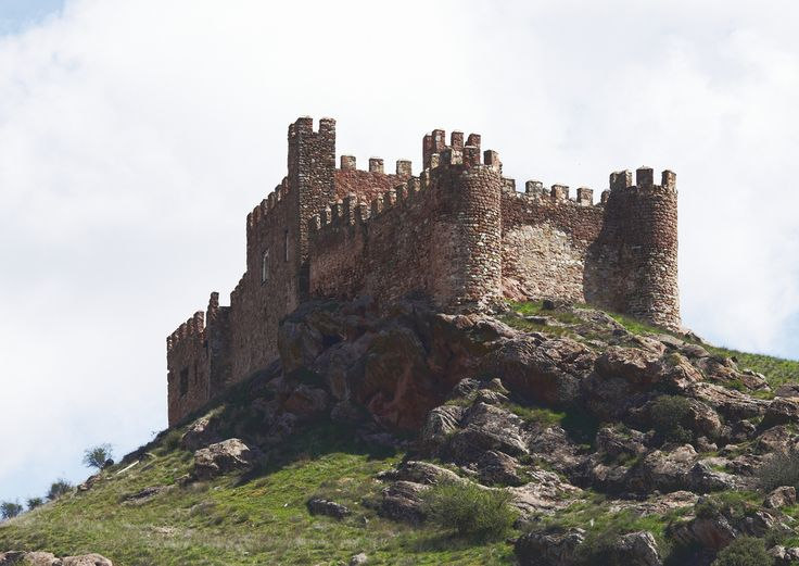 Guadalajara Castillo de Riba de Santiuste