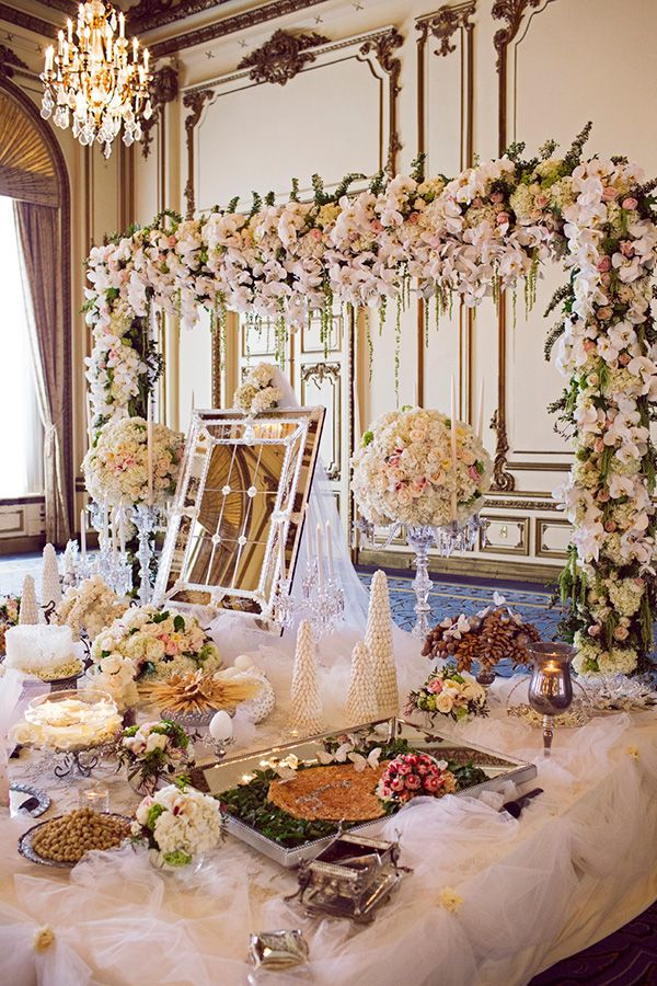 This luxury Persian wedding in San Francisco is filled with blush and love withDuke Photographycapturing every glorious detail.