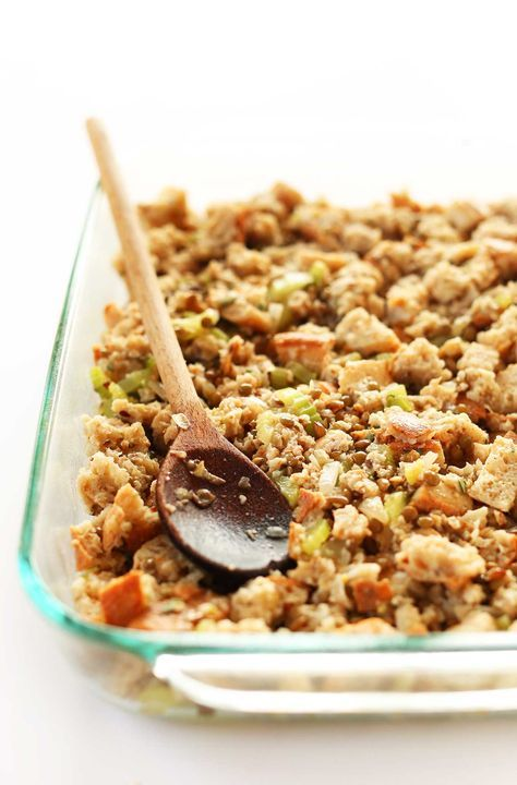 Simple, 9 ingredient vegan stuffing with whole grain bread, lentils and plenty of veggies. Healthy, satisfying and perfect for Thanksgiving.