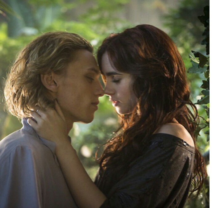 city of bones clary and jace relationship