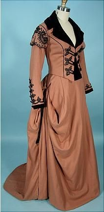 """1985 (c. 1865 era reproduction costume) Trained Side Saddle Riding Habit with Crop Worn by TERRI GARBER in the ABC-TV Miniseries """"NORTH and SOUTH"""""""