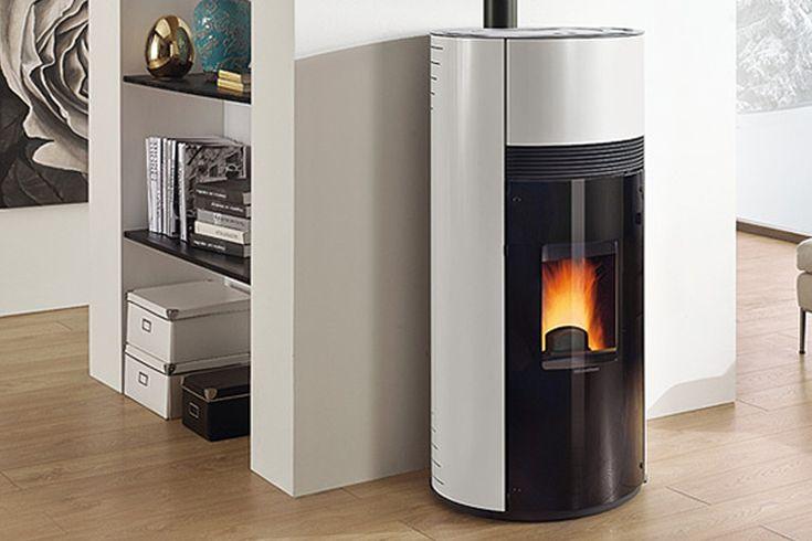 Revêtement en acier émaillé • Ventilation air chaud • Tiroir pour les cendres •…