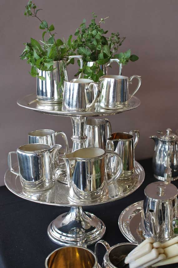 Vintage Hotel Silver: http://www.cassandraskitchen.com/collections/tableware/products/hotel-silver-cake-stands #cassandraskitchen