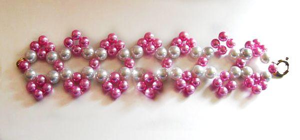 Free pattern for bracelet Michaela