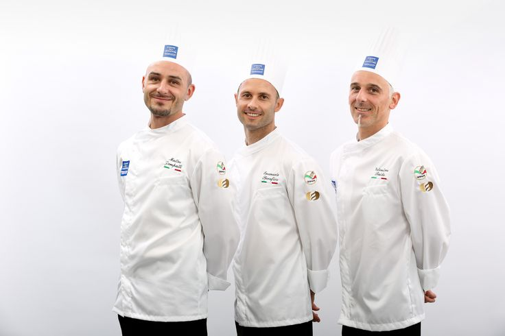 [ITALIAN TEAM - Europe Selection]  Selfie émoticône smile  Matteo ZAMPATTI - Breads candidate Emanuele SPREAFICO - Viennese pastries candidate Valentino BALDO - Artistic piece candidate  #BakeryLesaffreCup #Europe #ITALY #bread #baking